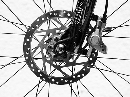 disc brake on bicycle
